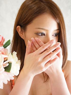 月本 杏子 (23歳)